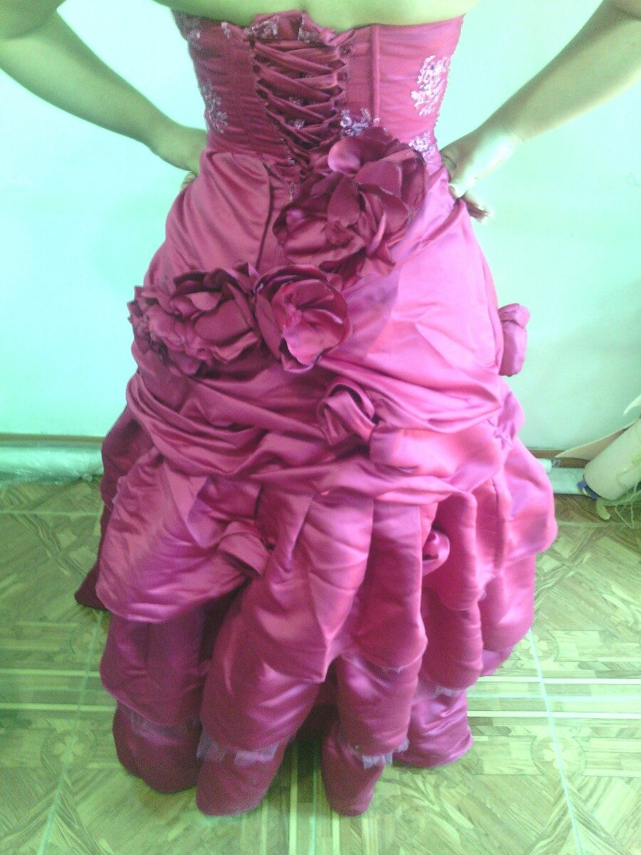 Moderno Vestido De Novia Usado Libre Patrón - Ideas de Vestidos de ...