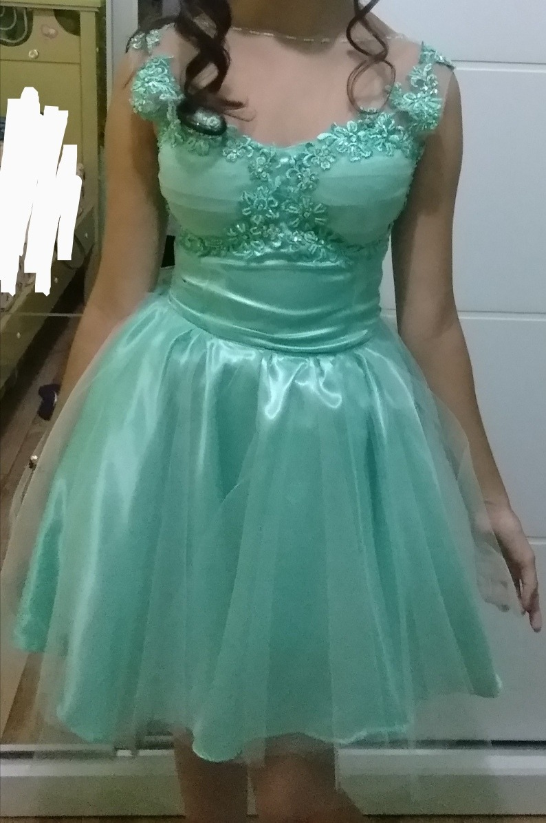 Vestido cor verde agua