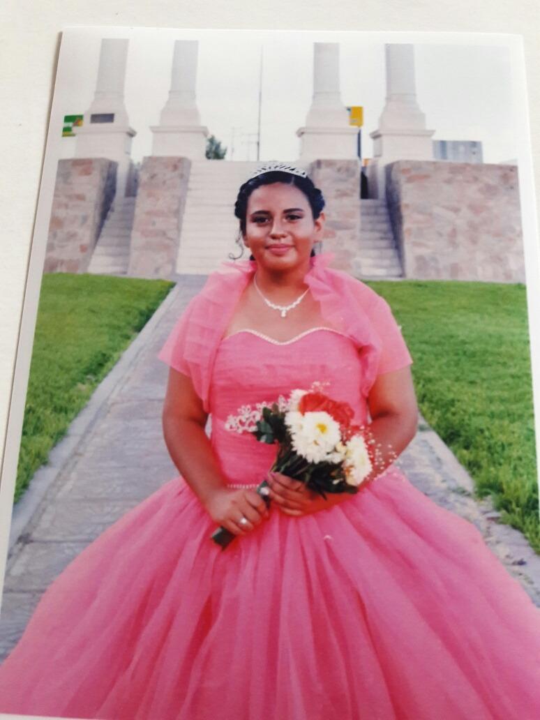 Vestido De 15 Años Rosa Neon Con Asecsorios Plata - $ 7,000.00 en ...