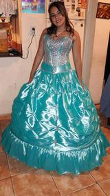 Vestido De 15 Color Turquesa Bordado A Mano En Tela De Raso