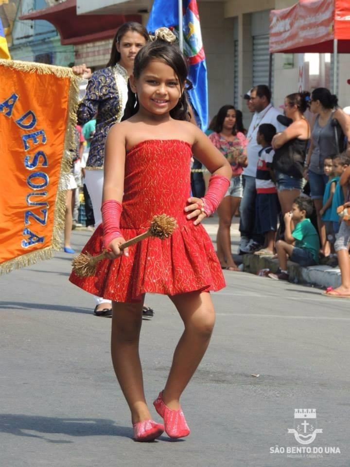 8c2d8b6e703 Vestido De Baliza Infantil Banda Marcial   Fanfarra R  100 00 em Mercado  Livre