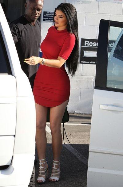 Vestido De Dama Tipo Kylie Jenner Beisboleros Casuales