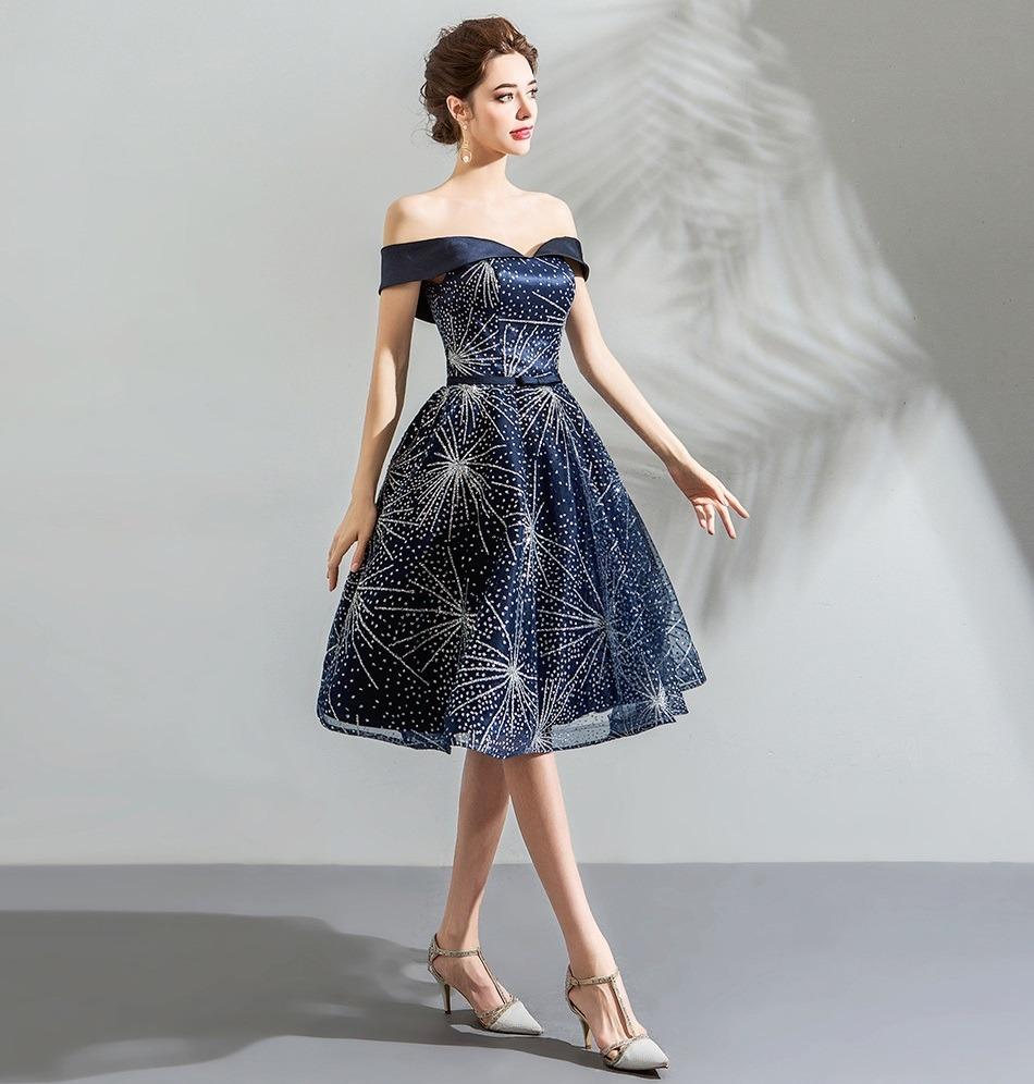 Vestido de debutante azul curto