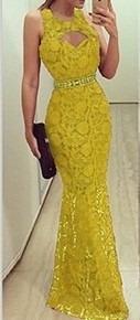 vestido de festa longo detalhe coração