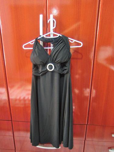 vestido de festa preto com bojo detalhe