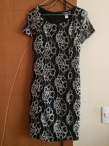 vestido de fiesta marca nikibiki talla s