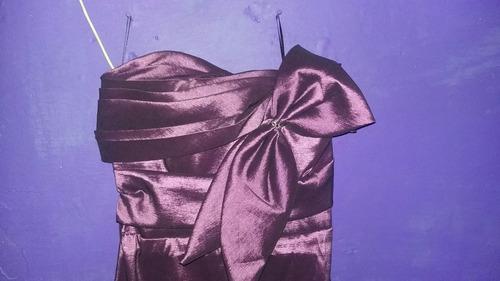 vestido de fiesta, morado, straple. buena calidad.