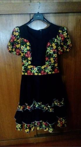 vestido de huasa (cueca)