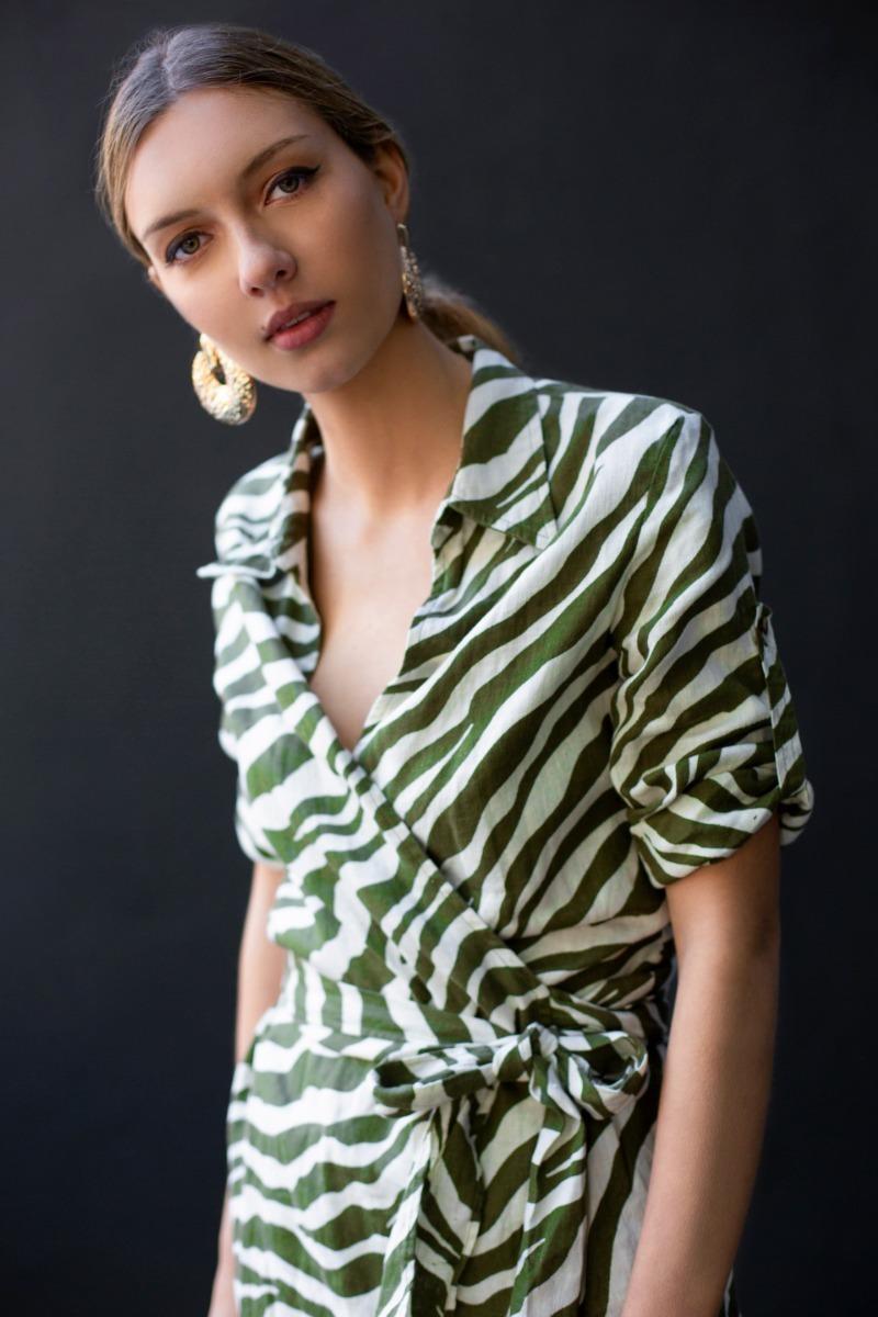mejor proveedor apariencia estética Excelente calidad Vestido De Lino Zebra Zara