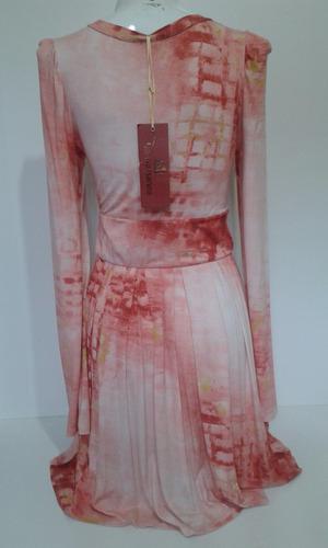 vestido de malha curto manga longa