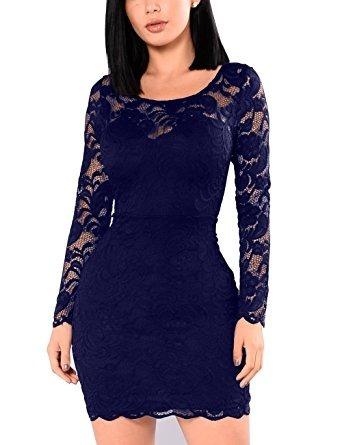 Color azul oscuro en vestido
