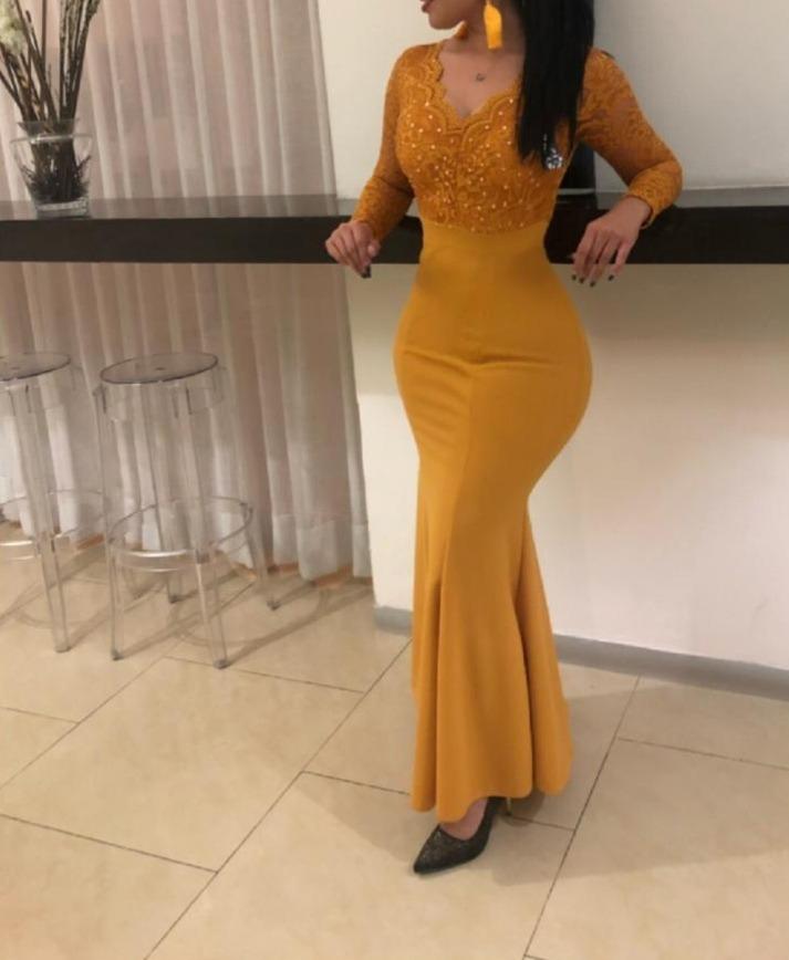 Vestido De Noche Color Mostaza