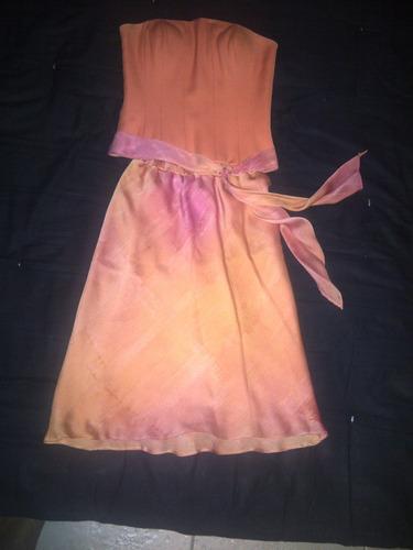 vestido de noche color naranja diseñado por ernesto capra