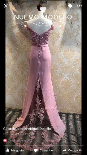 vestido de noche corte sirena color rosa