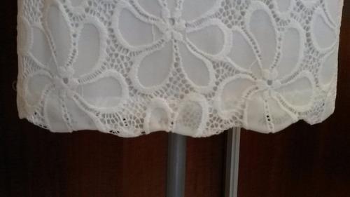 vestido de noche de encaje blanco entallado c/ escote halter