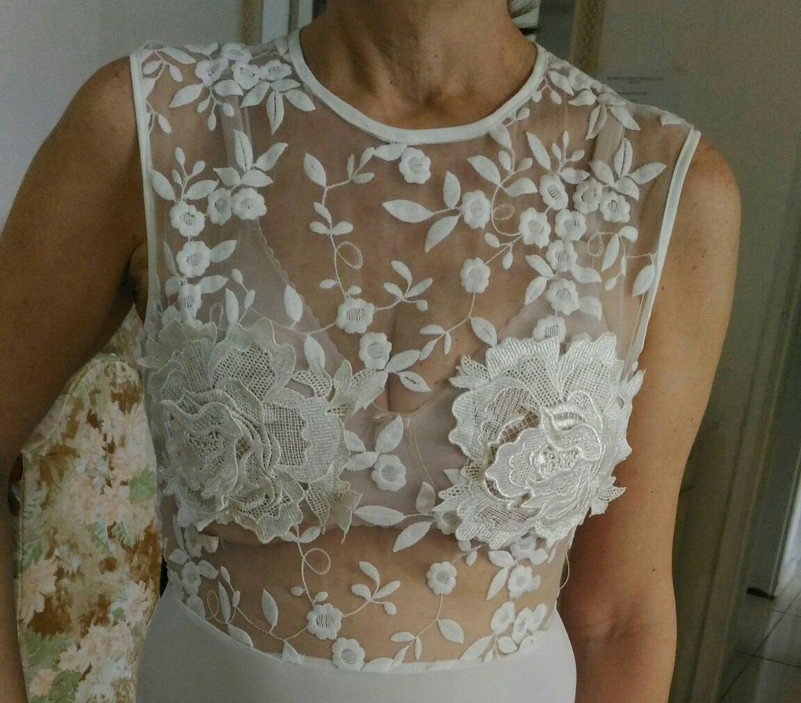 f494ad3fa5 vestido de noiva em malha de jersey. Carregando zoom.