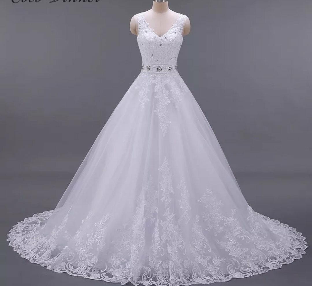 9bab3a382 vestido de noiva estilo princesa tamanho 42 44. Carregando zoom.