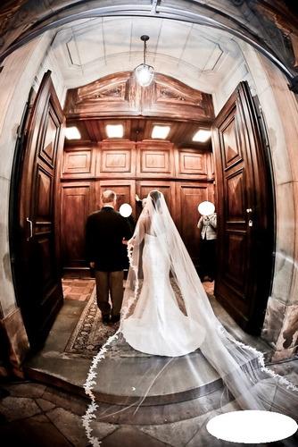 vestido de noiva la sposa e veu mantilha pronovias barcelona