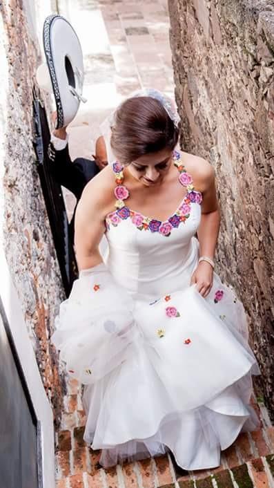 Vestido De Novia Con Bordado Mexicano 1600000