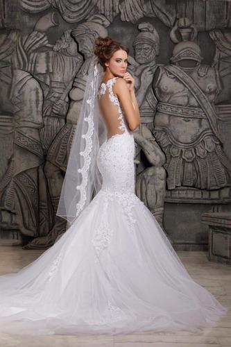 vestido de novia corte sirena,espalda desnuda,cola desmontab