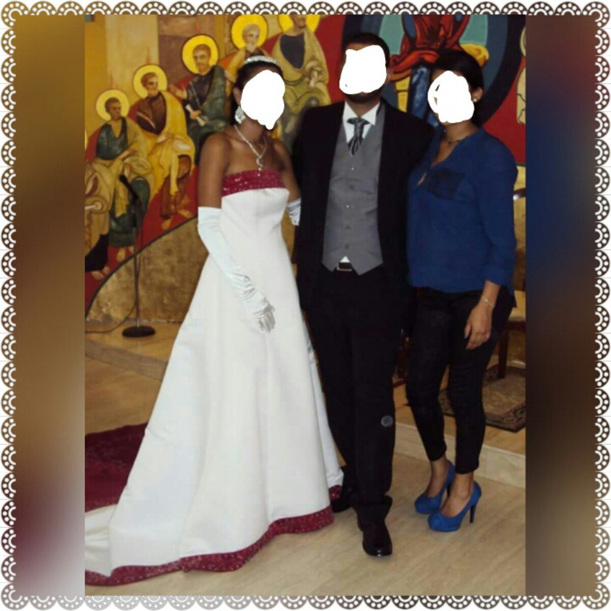 guapo brillante n color hombre Vestido De Novia David's Bridal Blanco Con Rojo - Bs. 100.000,00