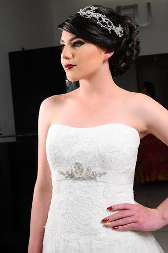 vestido de novia de encaje linea a