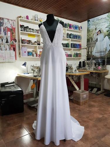 vestido de novia en saten italiano