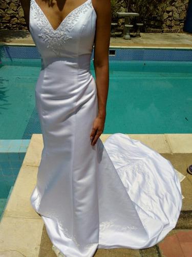 vestido de novia importado. nunca usado talla 12.
