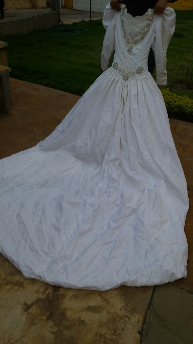 Vestido De Novia Matrimonio Con Armado - Bs. 15.500.000,00 en ...