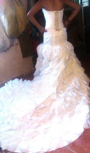 vestido de novia modelo español