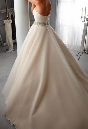 vestido de novia recién lavado.