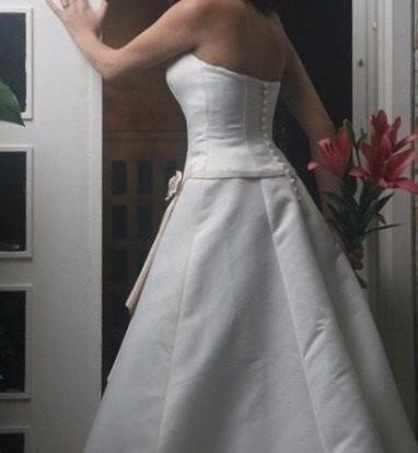 vestido de novia talla pequeña