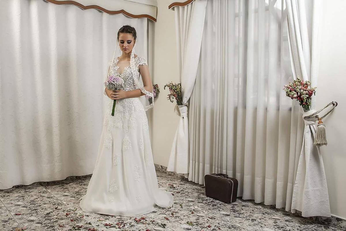 Vestido novia color ivory usado
