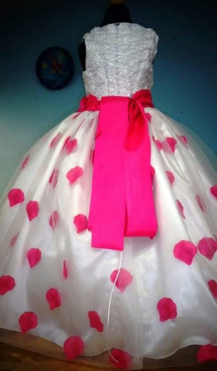 Famoso Vestidos De Dama De Rosa Pétalo Cresta - Colección de ...