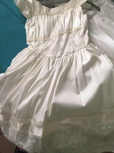 vestido de primera comunión y tocado