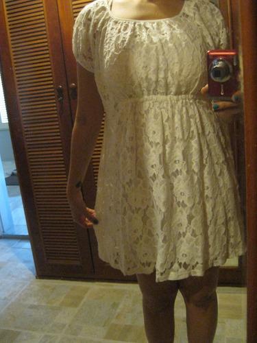 vestido de renda tuart