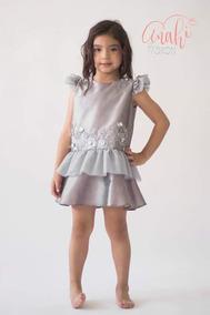 Vestido De Tafeta Color Gris Plata