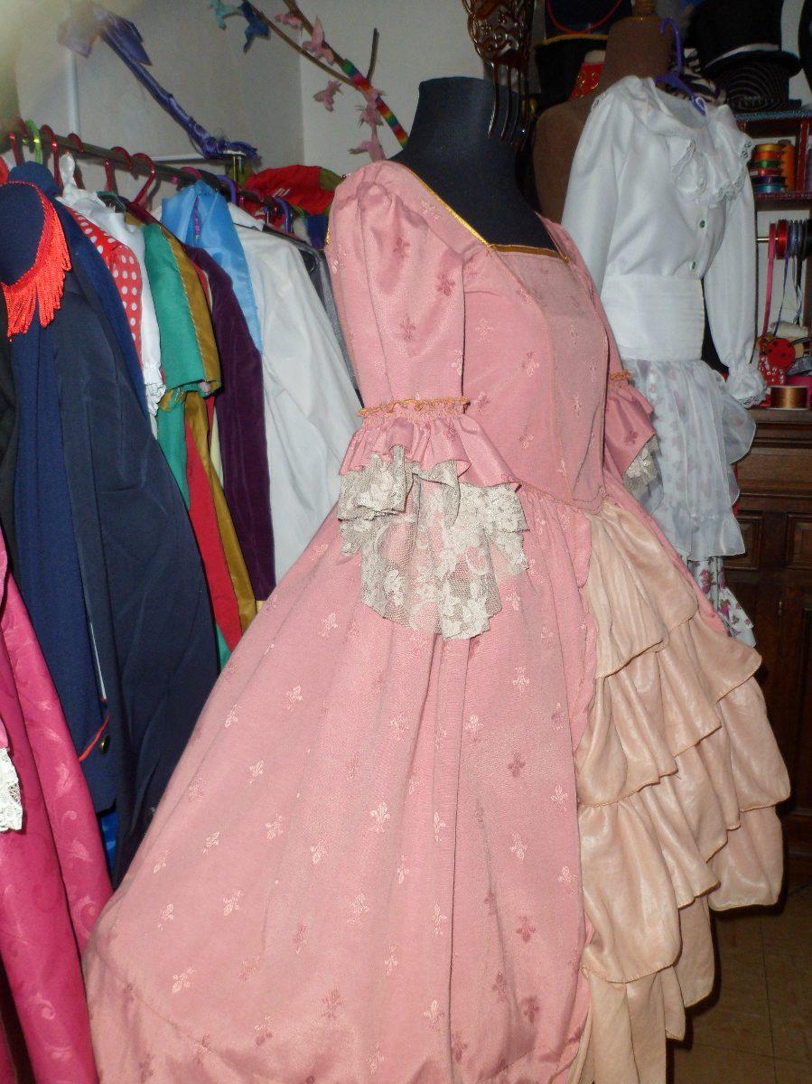 Vestido Disfraz De Dama Antigua - $ 1.680,00 en Mercado Libre