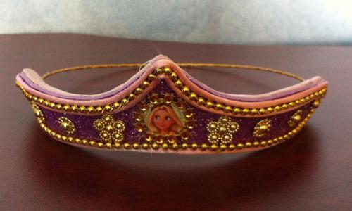 vestido disfraz  rapunzel, tiara, y peluca
