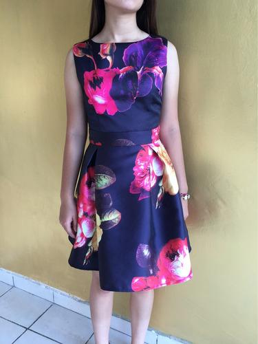 vestido elegante de flores