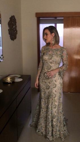 vestido em renda fios de lurex