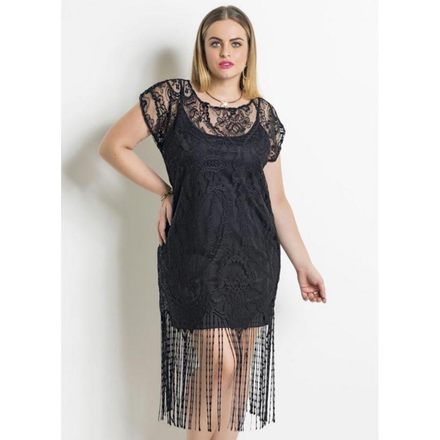 355a46a10 vestido em renda preto franjas e forro quintess plus size. Carregando zoom.
