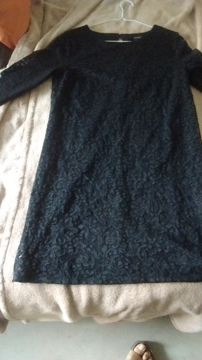 Vestido de encaje negro forever 21