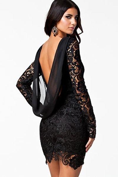 Vestido negro espalda descubierta