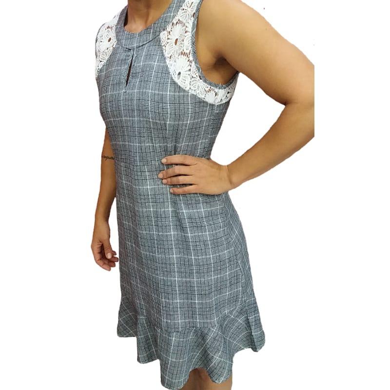 4d41b38f3 vestido estampado xadrez curto babado barato promoção. Carregando zoom.