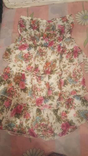 vestido estraple de flores estampadas casual