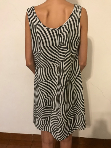 vestido evase blanco y negro con brillos talle xl