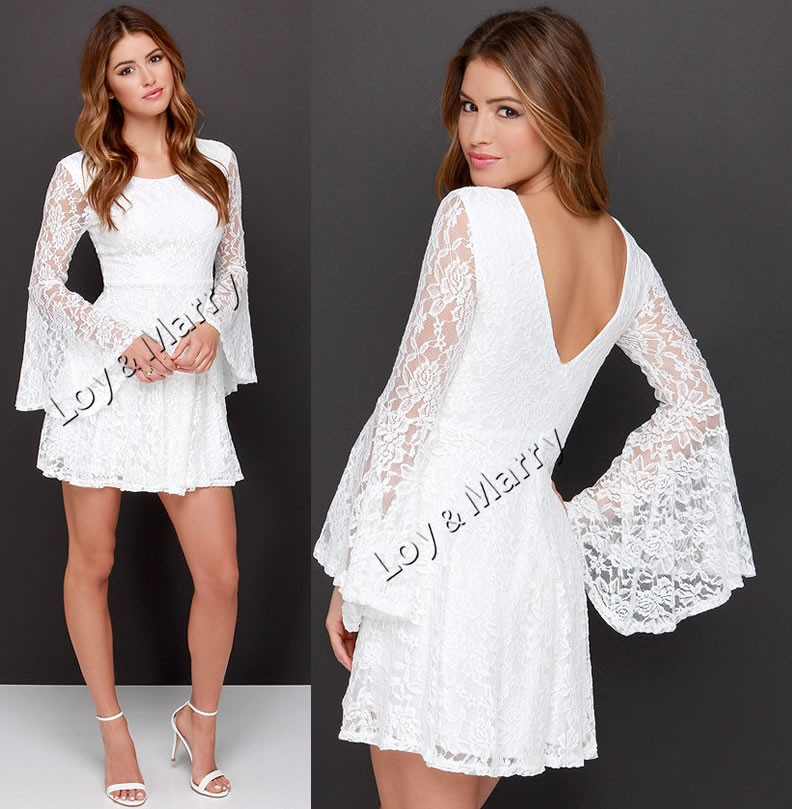 Vestido curto de renda branco manga longa