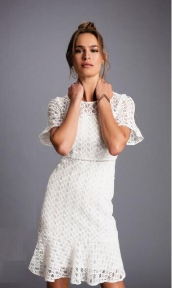 975616a0d Vestido Feminino Em Renda Guipir Manga Curta Seiki 380375 - R$ 450 ...