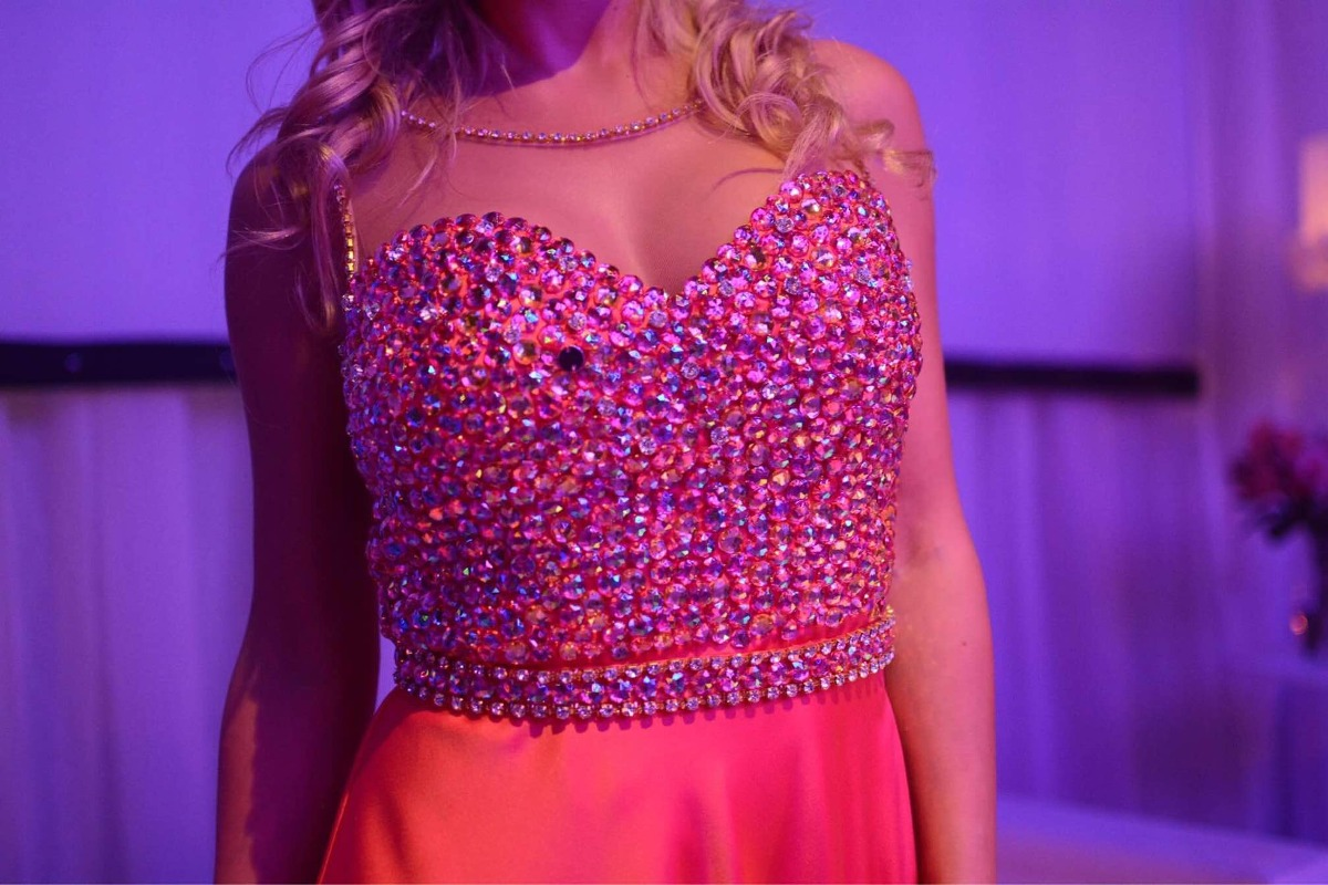 Encantador Vender Vestidos De Fiesta Usados Ideas Ornamento ...